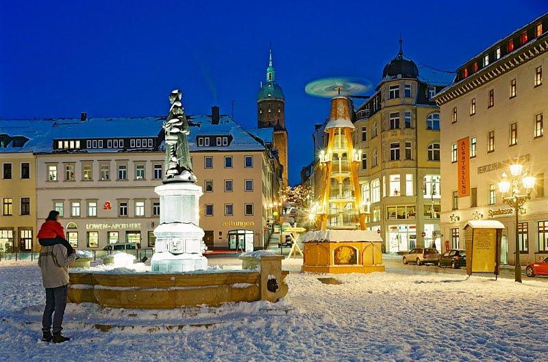 Annaberg-Buchholz, fontana e piramide di Natale, Foto: TMGS
