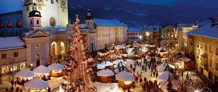 Foto Mercatini Di Natale Bolzano.Tour Mercatini Natale Di Bolzano E Provincia Percorso 5 Stelle